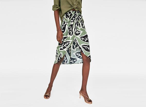fusta verde Zara