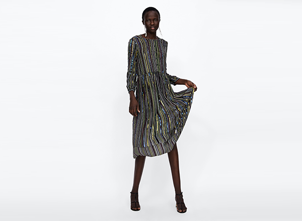 rochie cu paiete si fir metalizat Zara