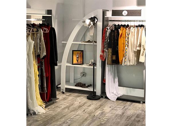 Alist Designers Boutique - opincile – de la sat la București Mall.-min