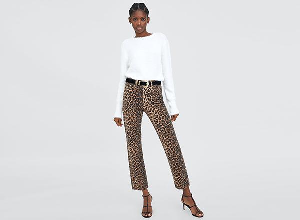 jeansi cu talie inalta Zara