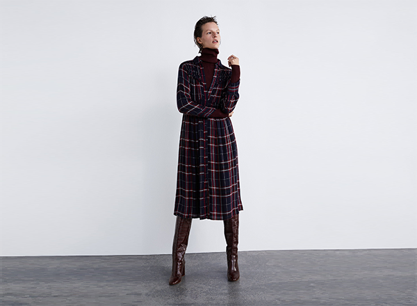 rochie larga in carouri Zara