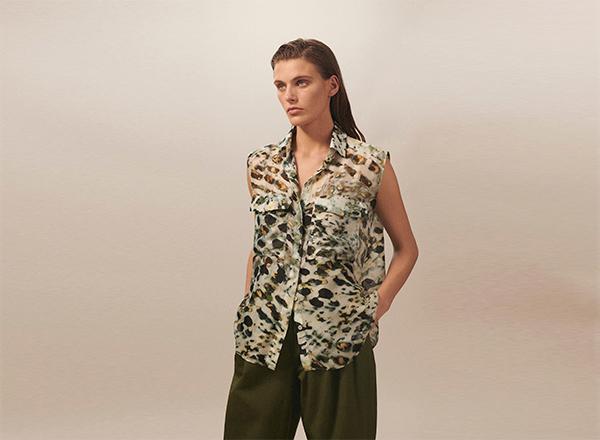 bluza print camuflaj Massimo Dutti