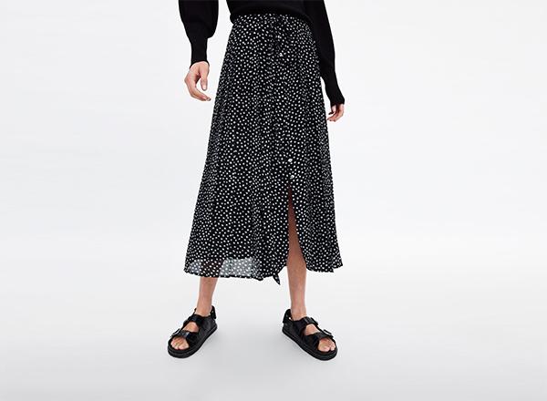 fusta neagra cu buline albe Zara