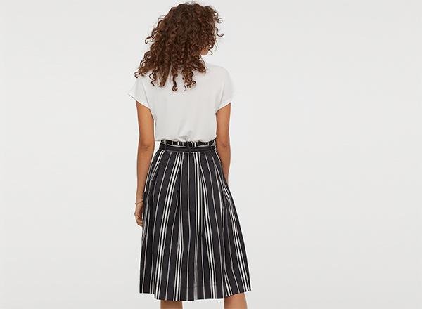 fusta neagra cu dungi H&M