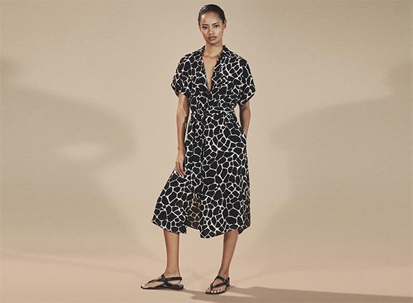 rochie print girafa Massimo Dutti