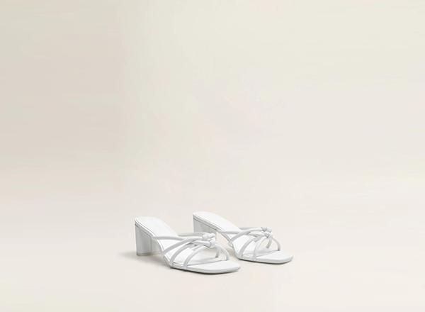 sandale albe minimaliste Mango