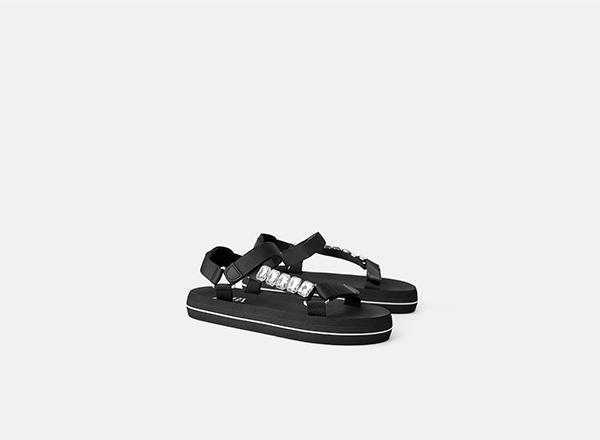 sandale negre cu strasuri Zara