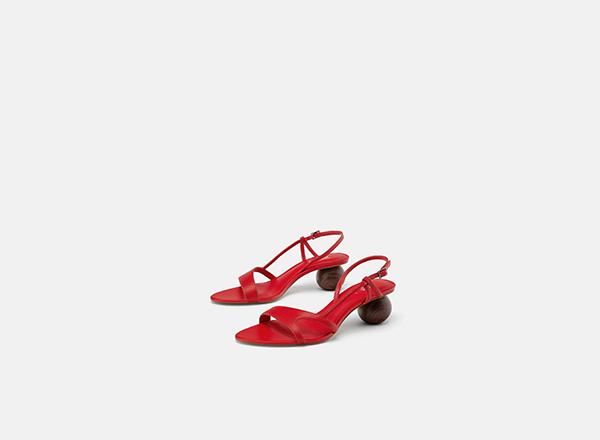 sandale rosii cu toc sferic Zara