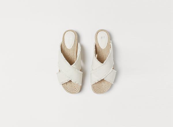 sandale cu barete incrucisate HM