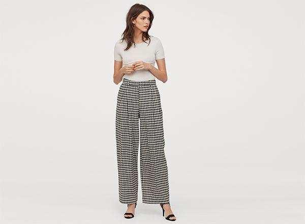 pantaloni cu pense print pied-de-coq H&M