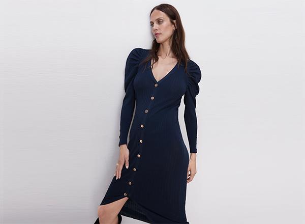 rochie bleumarin cu maneci bufante si nasturi Zara
