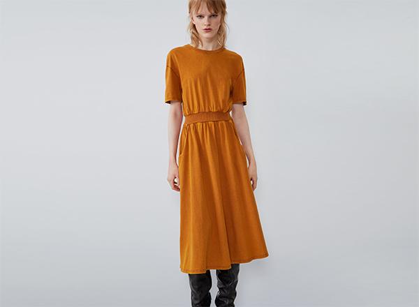 rochie cu efect prespalat Zara