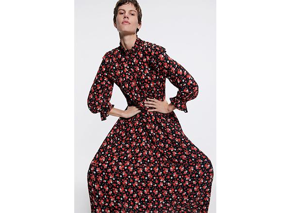 rochie larga cu maneci bufante Zara