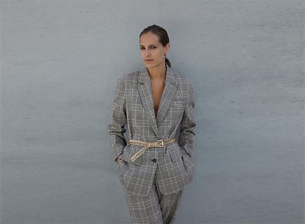 sacou elegant in carouri Zara