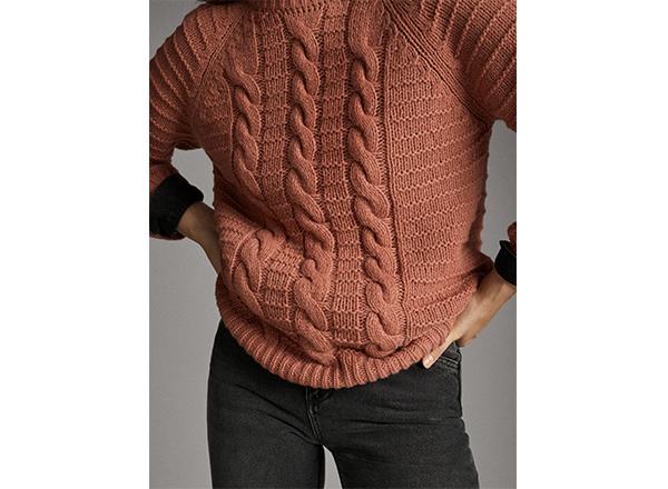 pulover roz cu torsade Massimo Dutti