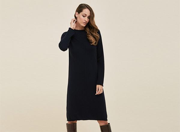 rochie neagra din lana Stefanel