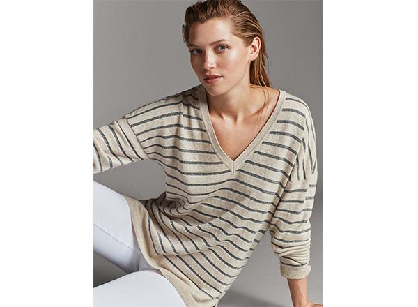 pulover bej in dungi cu fir metalizat Massimo Dutti