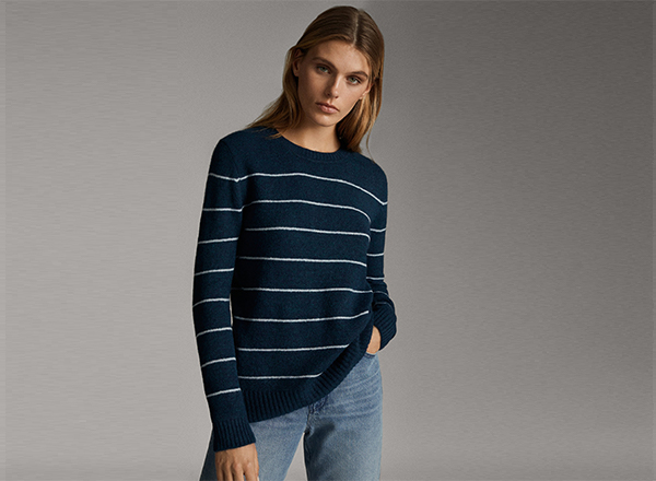 pulover bleumarin cu dungi orizontale Massimo Dutti
