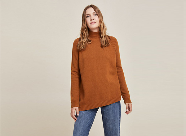 pulover ruginiu Stefanel