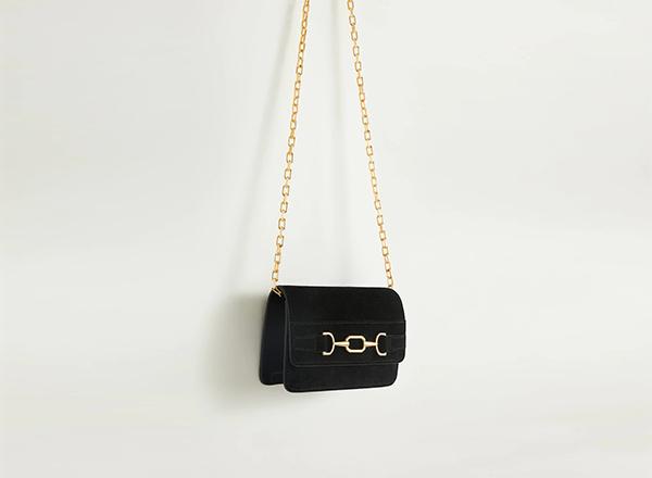geanta neagra din piele cu catarame aurii Mango