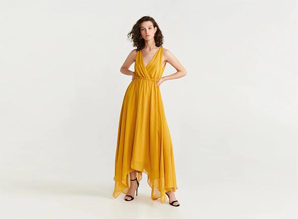 rochie galbena asimetrica din sifon Mango