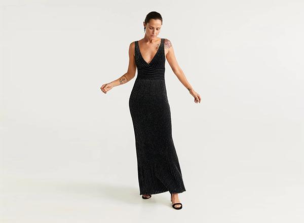 rochie maxi neagra cu fir metalic auriu Mango