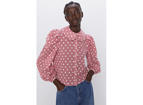 bluza roz cu buline albe Zara