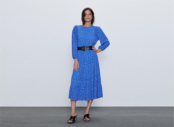 rochie albastra cu buline alb negru Zara