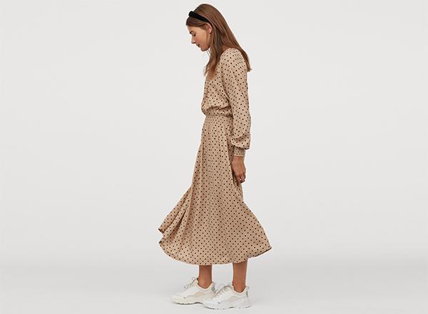rochie bej cu buline negre H&M