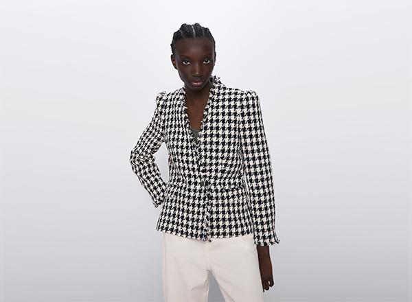 sacou scurt din tweed alb negru Zara